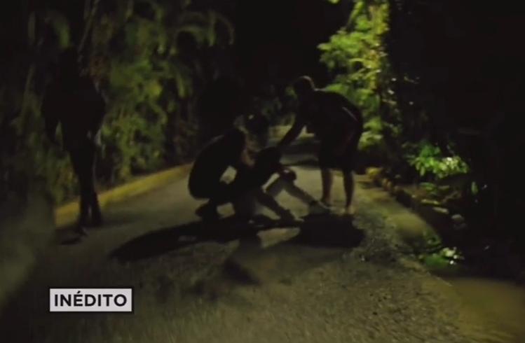 Inedito: Así caza el equipo de produccion a Cristofer tras huir al grito de «Estefaniiiaaa»