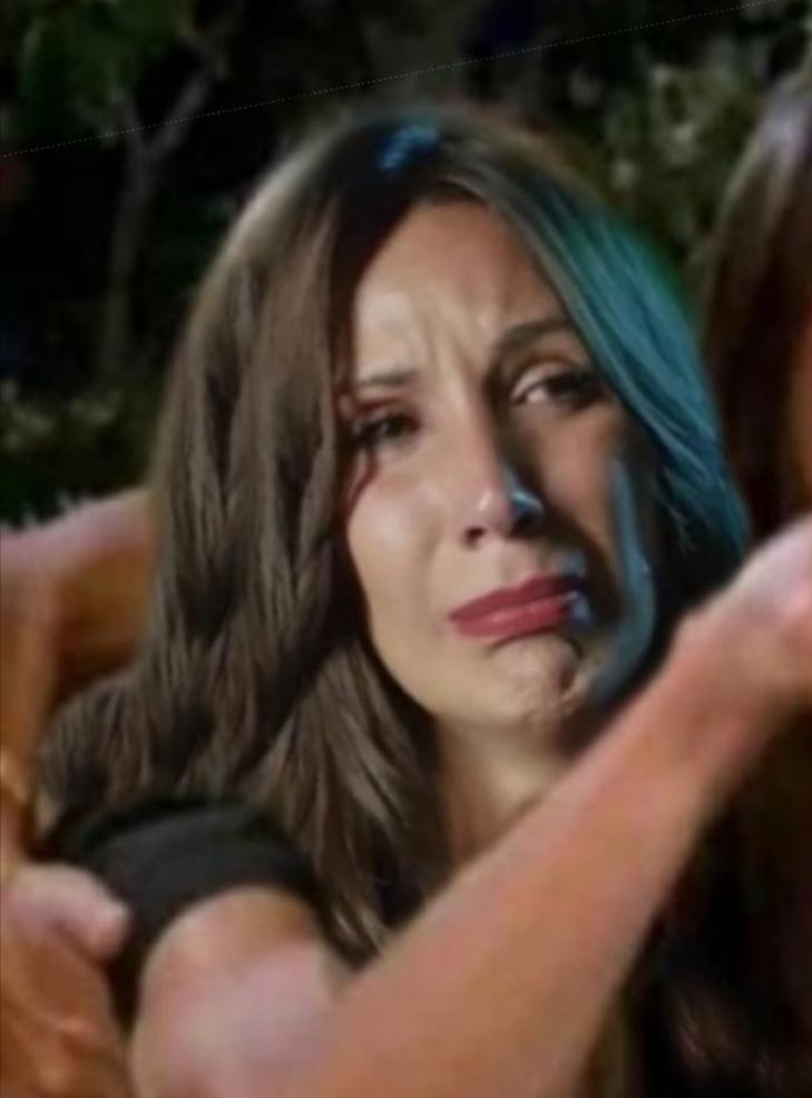 Video: Primera bronca en supervivientes! «Me toca el c***». Todos contra Fani.