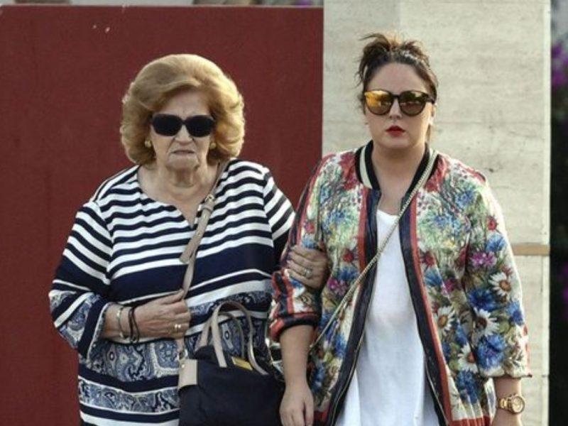 La abuela paterna de Rocío Flores despedaza a Rocío Carrasco en este informe